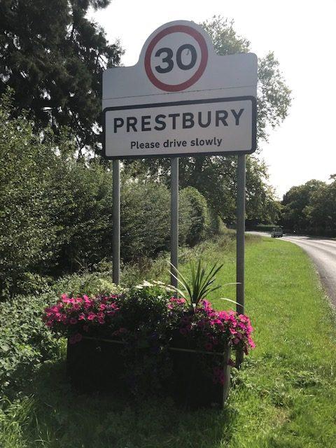 Prestbury Planters